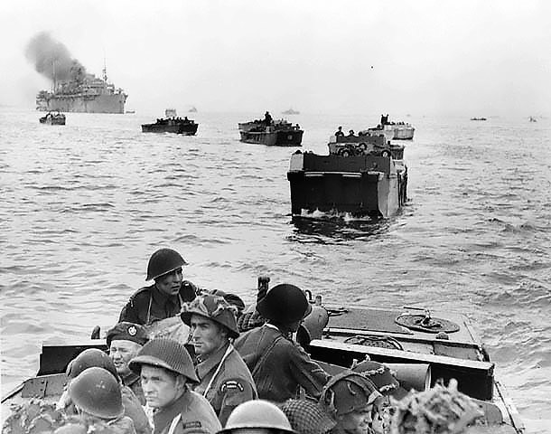 Canadian_landings_at_Juno_Beach.jpg