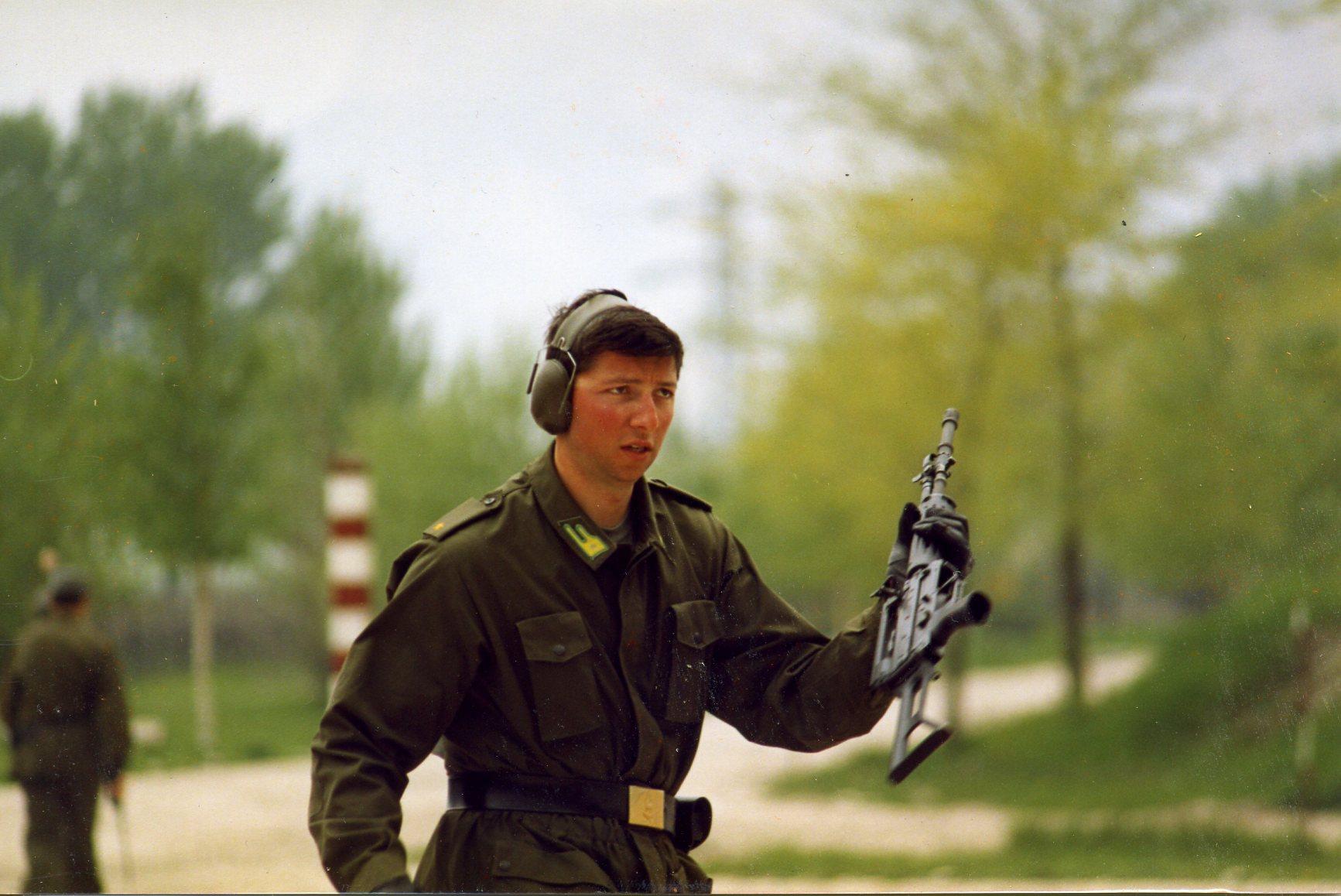 1992 140c.jpg