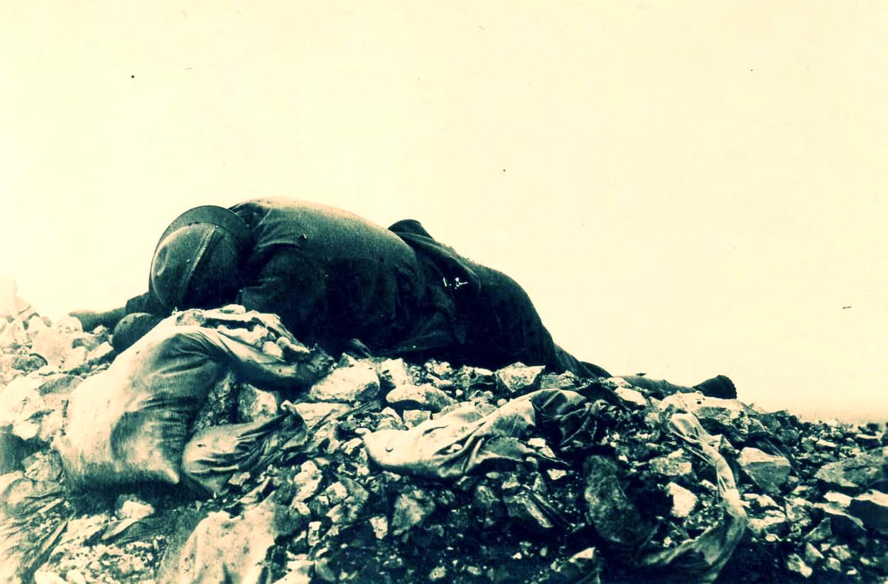 Soldato italiano caduto sul Monte Santo