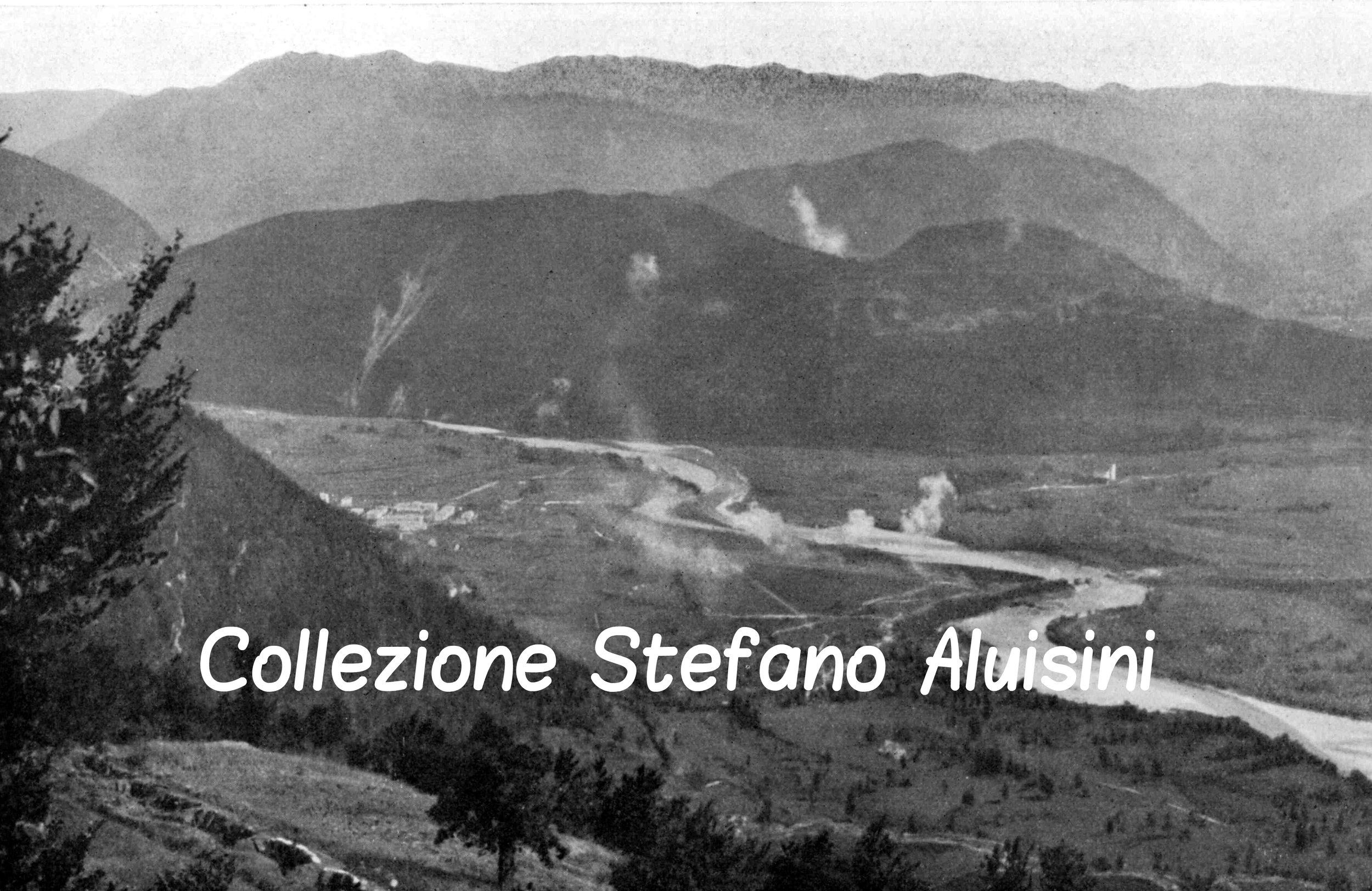 c009 La conca di Tolmino durante un bombardamento.jpg