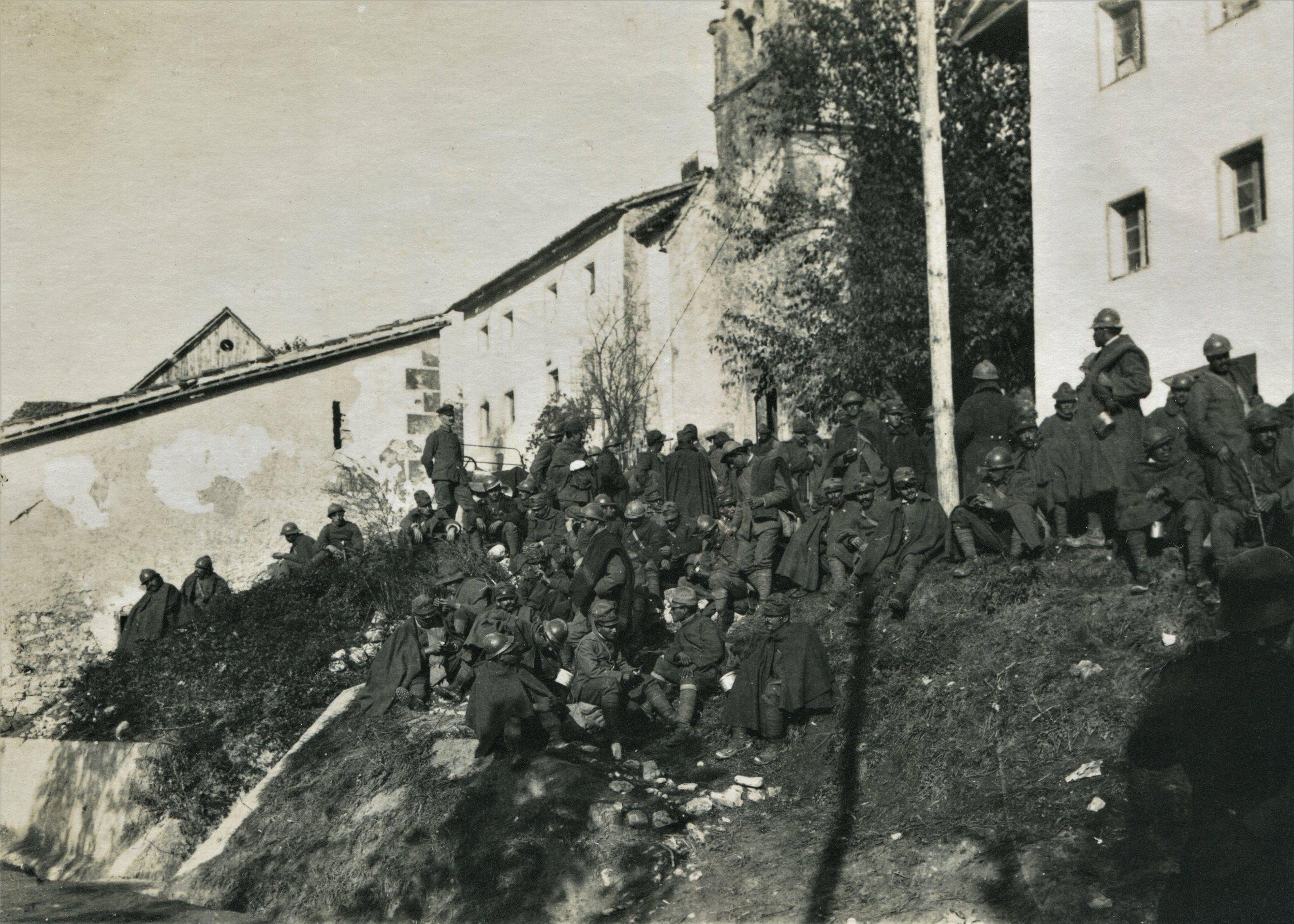 OK 75B prigionieri italiani caporetto - Copia.jpg