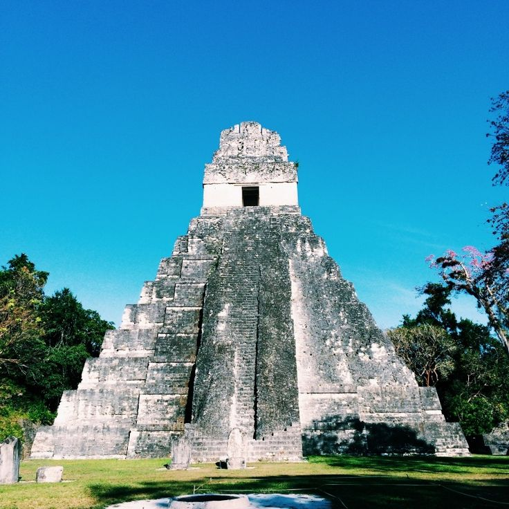 The spectacular Tikál Ruins in Northern Guatemala -- learn how we spent the night.