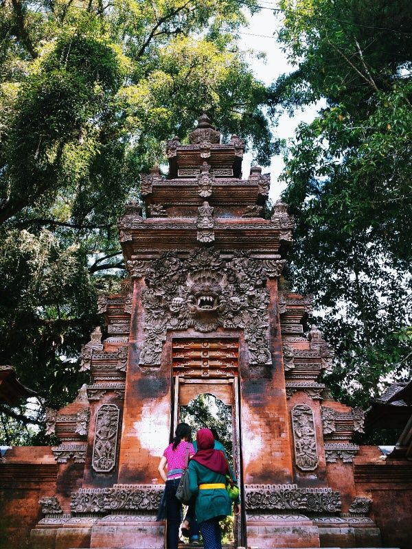 indonesia travel guide destinations budget backpack
