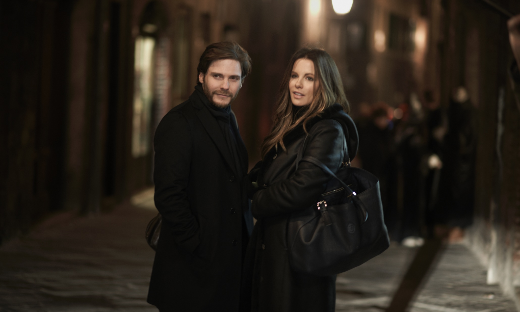 Daniel Bruhl and Kate Beckinsale in  The Face of an Angel .