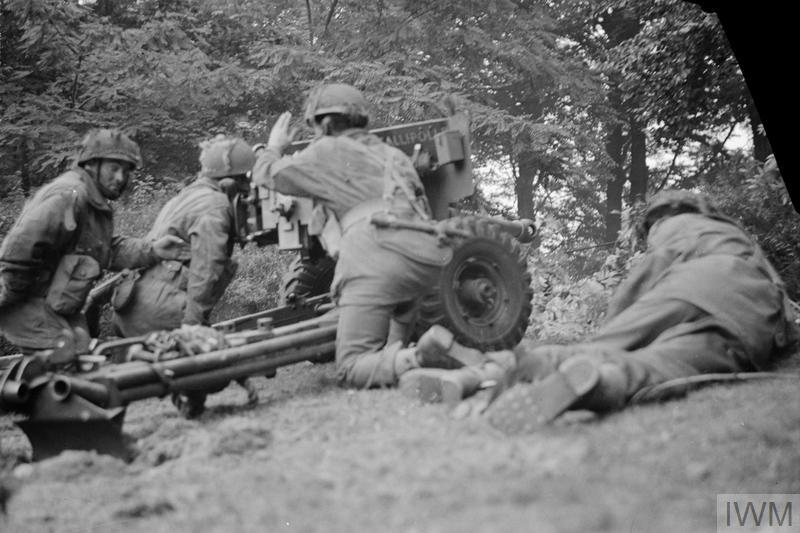 No. 26 Anti-Tank Platoon, 1st Border Regiment, 1st Airborne Division, in action in Oosterbeek, 20 September 1944