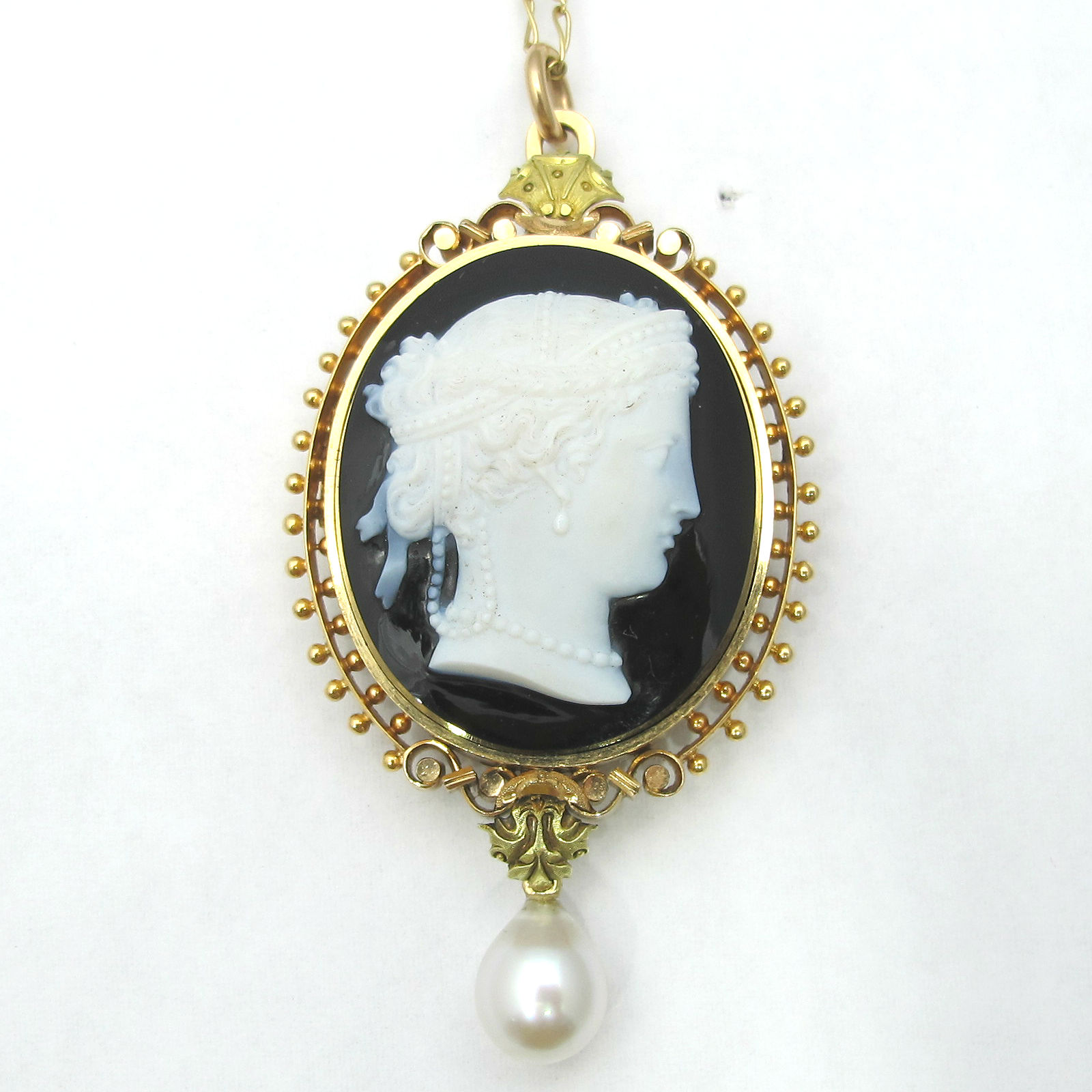 Victorian agate, 18K gold and pearl brooch pendant, at Gray & Davis