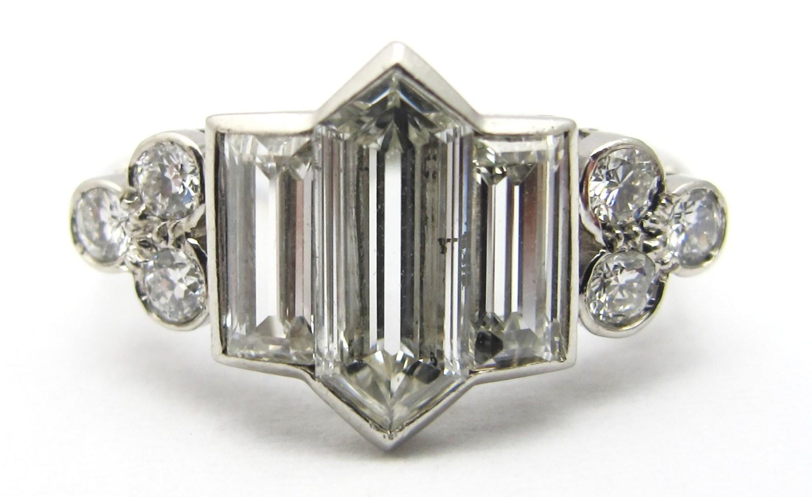 2.6cts of G/H, VS diamonds in handmade platinum setting, c.1935