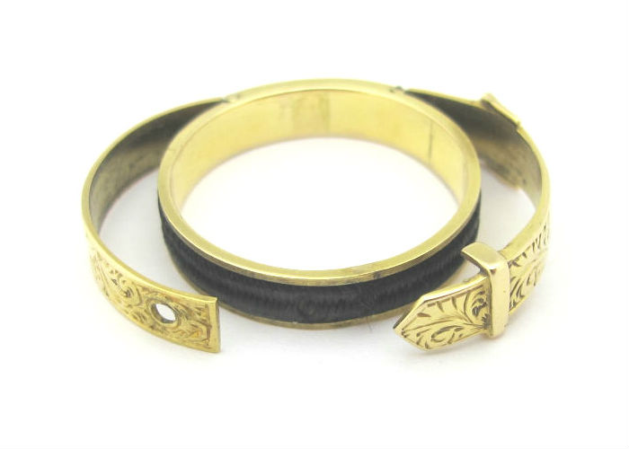 Victorian 15k gold buckle locket ring, at G&D.