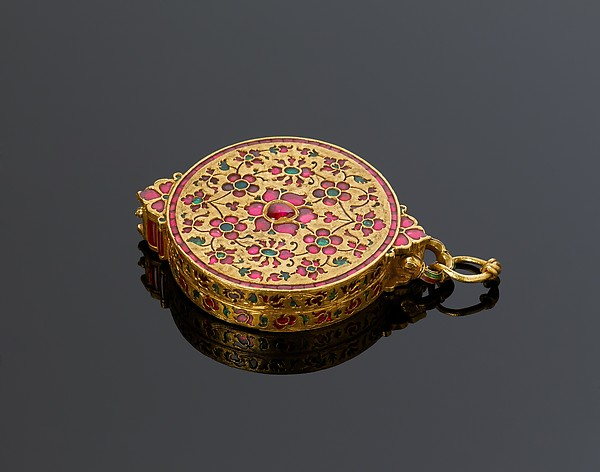 Locket Pendant, 17th Century. Gold, Rubies and Emeralds.