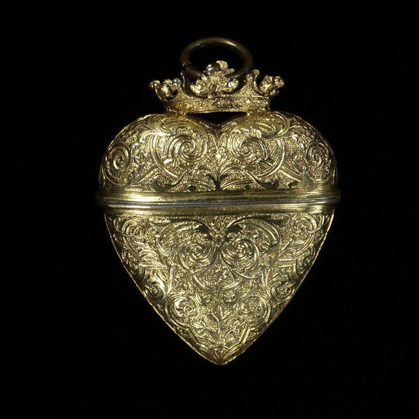 Silver gilt scent case, Germany, 18th Century. Victoria & Albert Museum.
