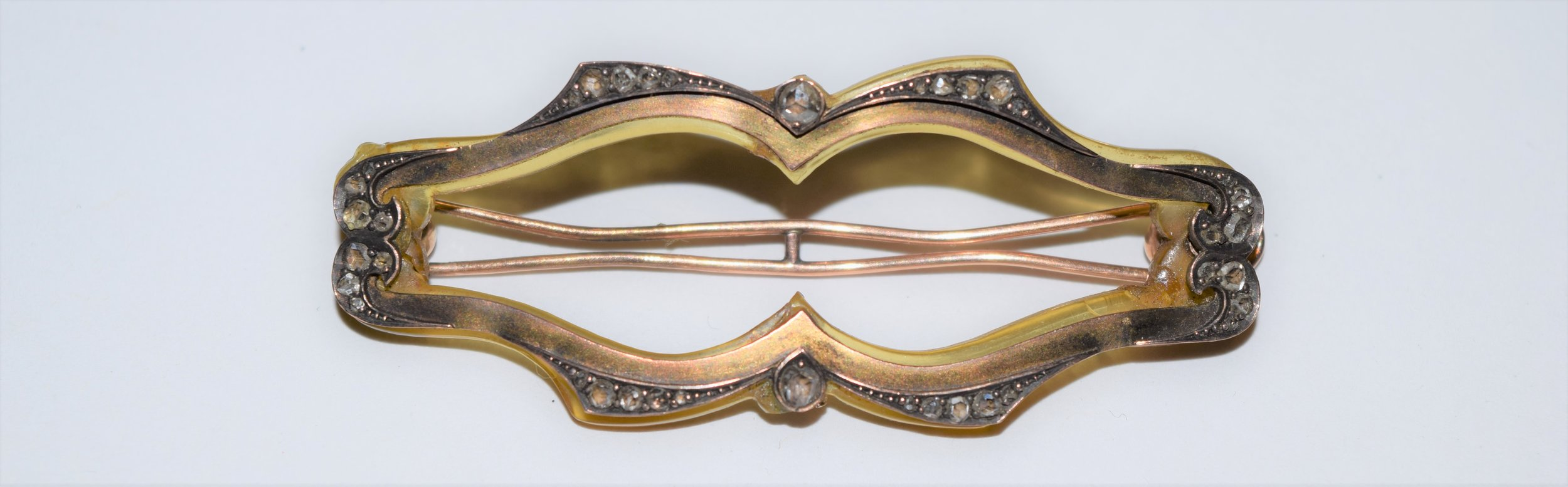 Art Nouveau horn barrette c.1880 - the rose cut diamond-set 10K gold frontspiece is delicately riveted to the horn. The horn would most likely have been bleached with hydrogen peroxide to achieve the pale yellow hue.