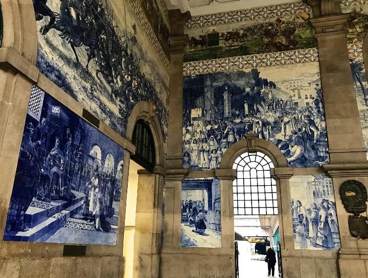 São Bento railway stationinporto.PNG