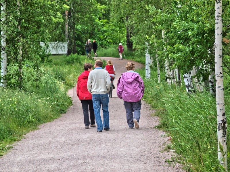 A low angle greenspace trail for all ages to enjoy