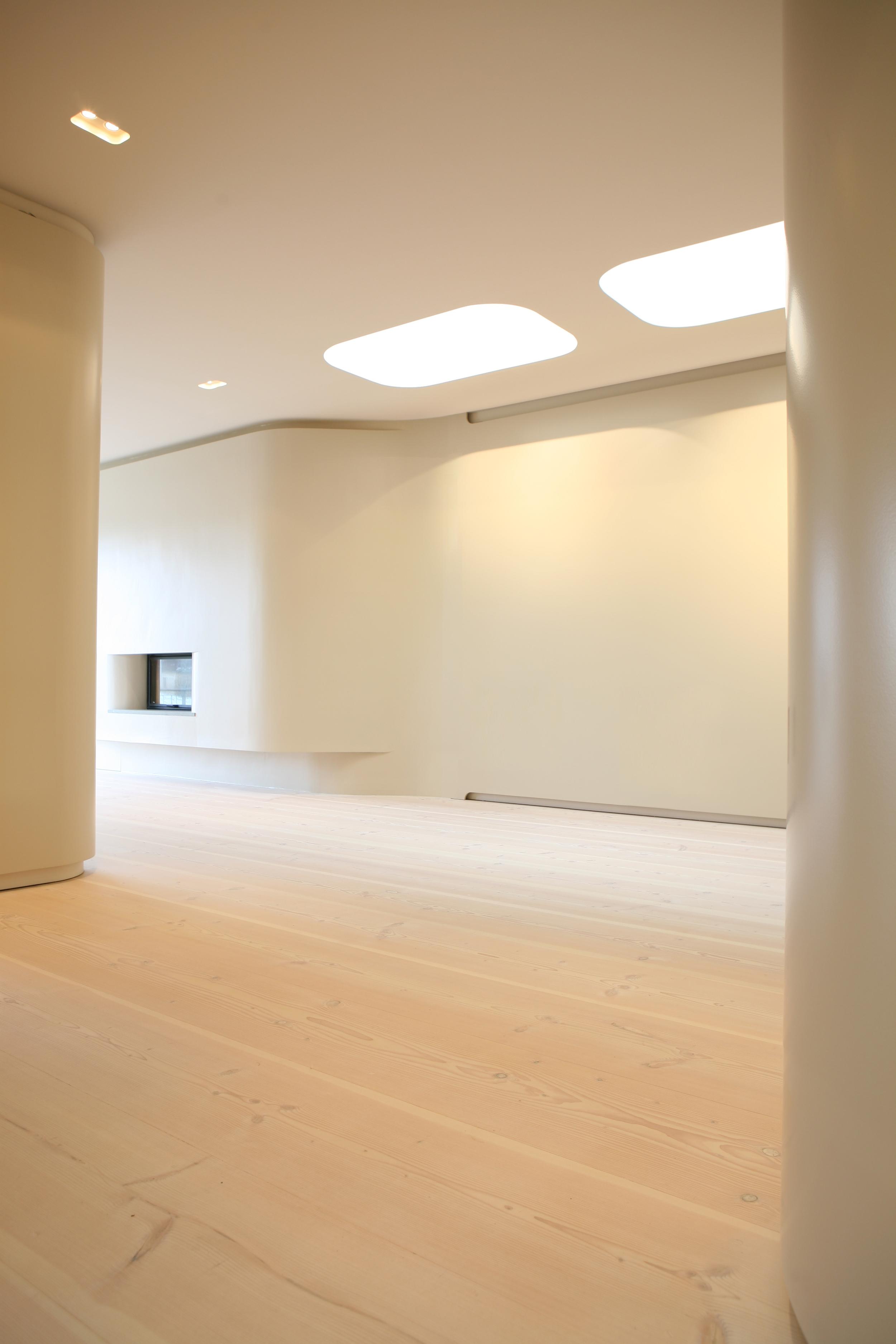 JMAYERH_Corridor01.jpg
