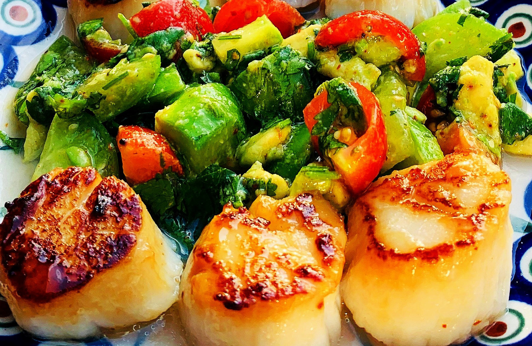 Local Scallops, Fresh Avocado, Tomato, Coriander Lime Salsa