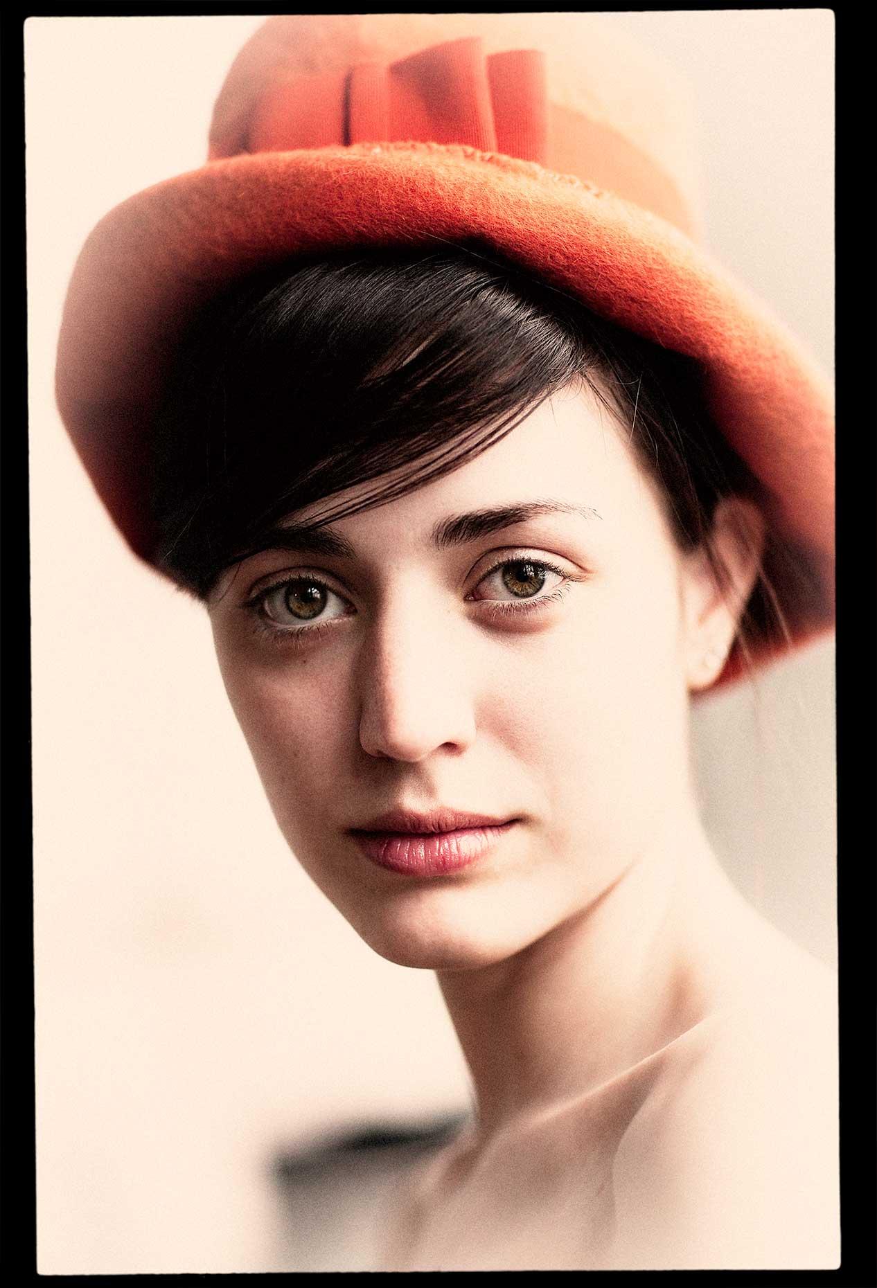 0901_dwpp-beauty_orange-hat_1493_original.jpg