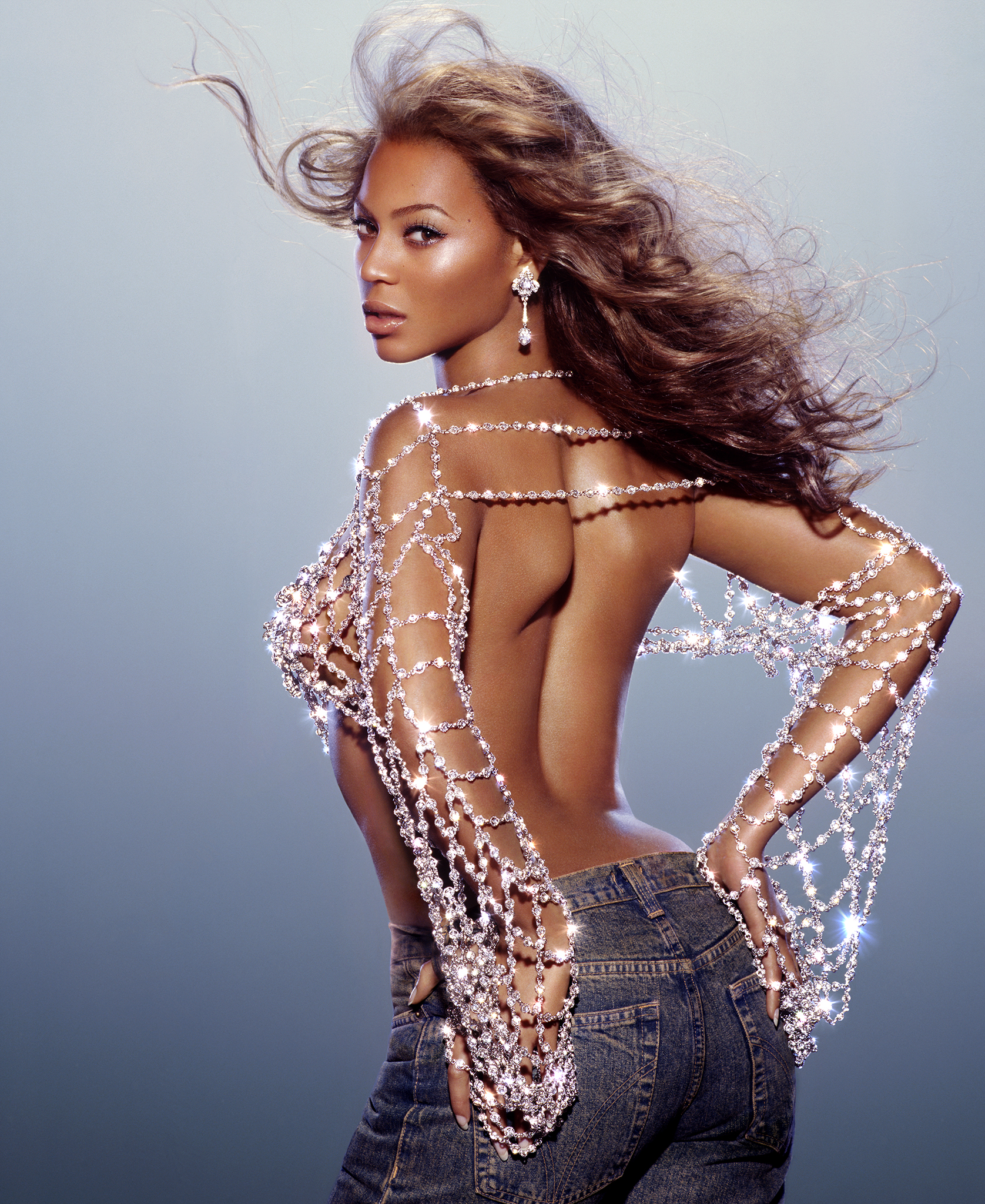 jewel15BEYONCE_NEW_BOOK-1sfl.jpg