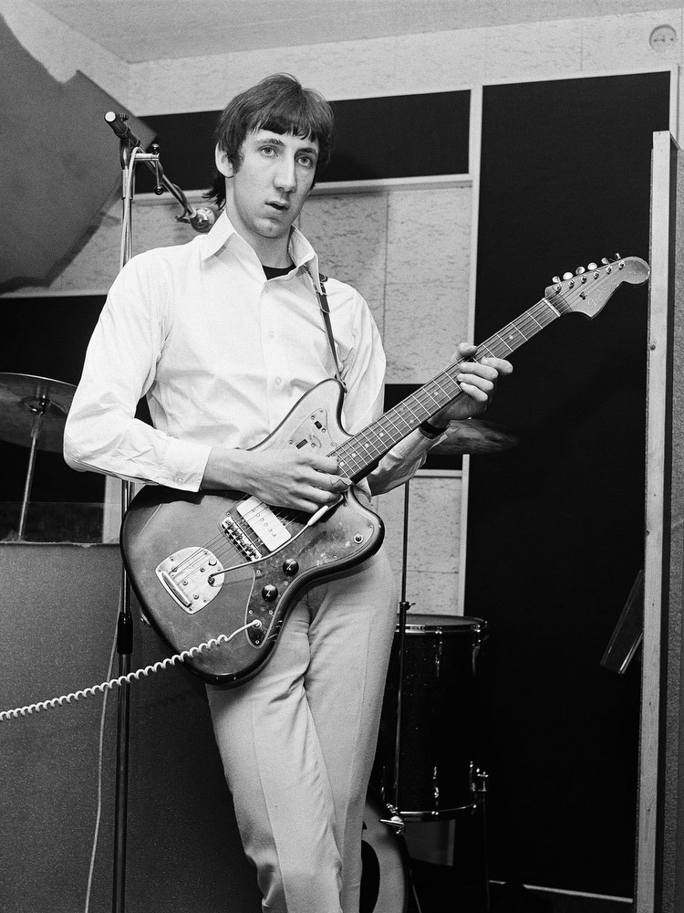 Pete Townshend by Alec Byrne