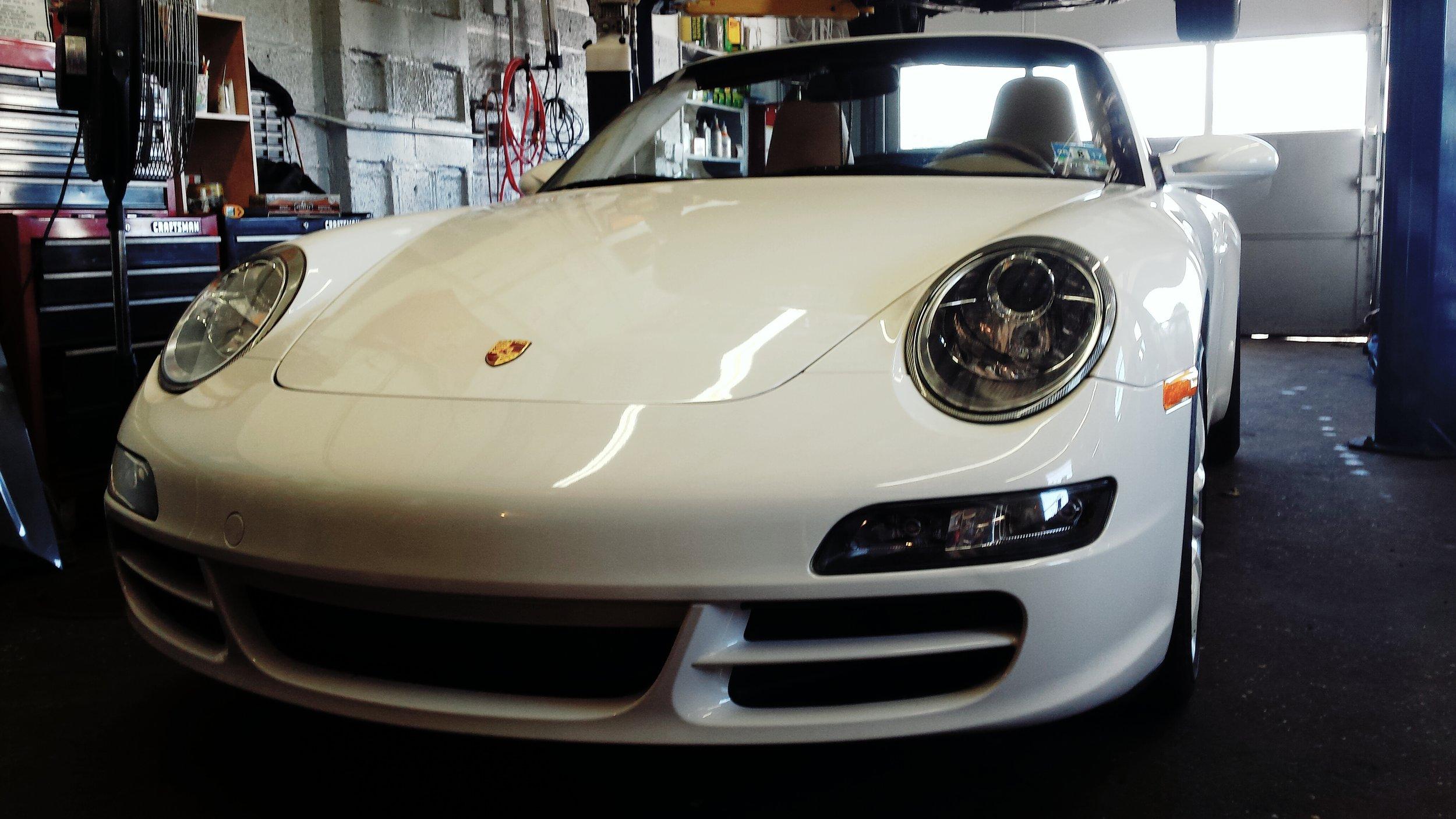 Porsche 911 in for a IMS update!