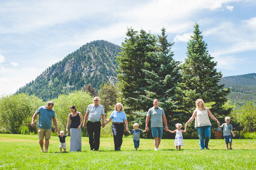Family photo session in Frisco, Colorado with grandparents, parents and grandchildren. Colorado mountain family photos
