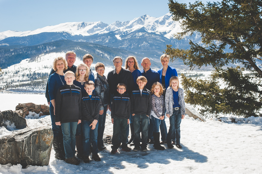 This large group came together for a winter family reunion in the mountains and decided to have some fun with a snowy photo shoot near Breckenridge, Colorado.