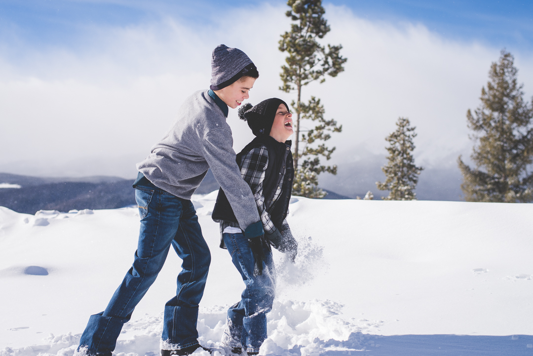 when there's snow on the ground, and kids in the shoot - let them play (but not until after all of the formal photos are done)!