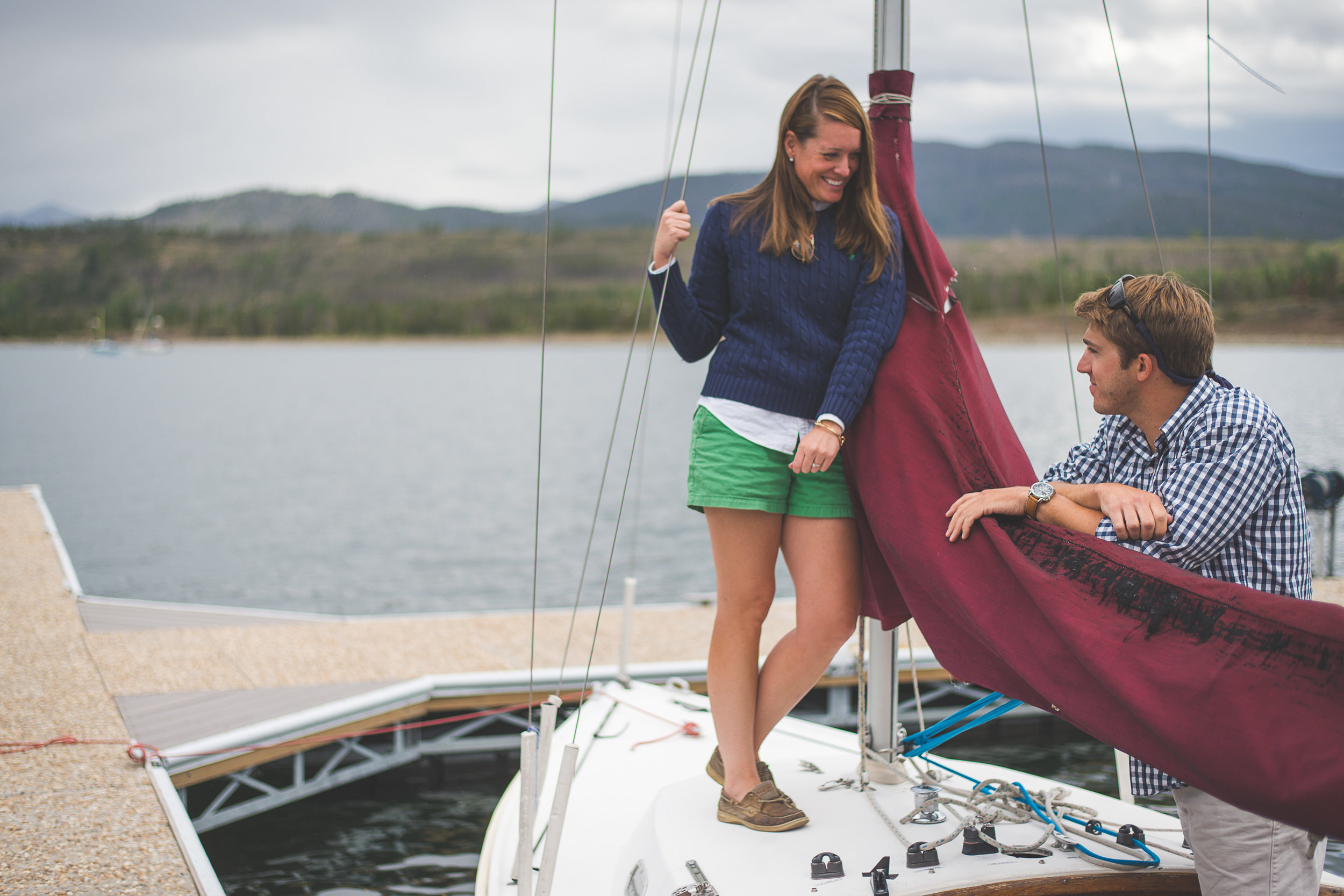 styled sailboat portrait session | Styling Your Portrait Session | Keeping Composure Photography