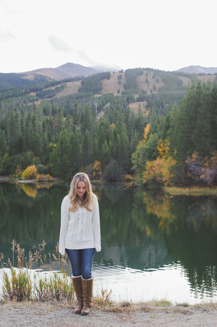 Autumn senior portrait session in the Colorado Mountains | Choosing Colors for your Session | Keeping Composure Photography