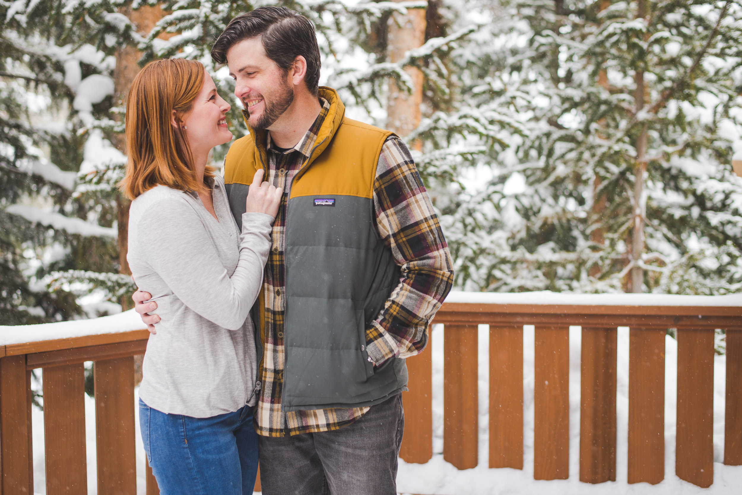 Breckenridge winter family portraits in the mountains | Layered Looks for Him | Keeping Composure Photography