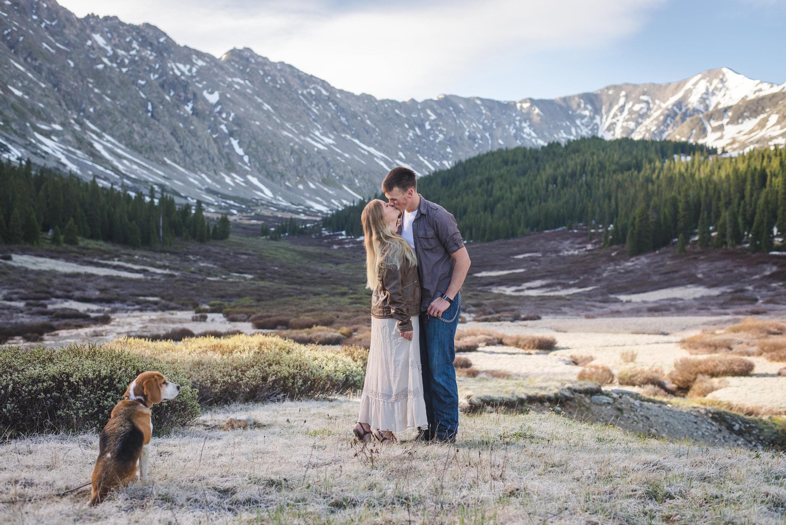 sunrise colorado mountain couples session