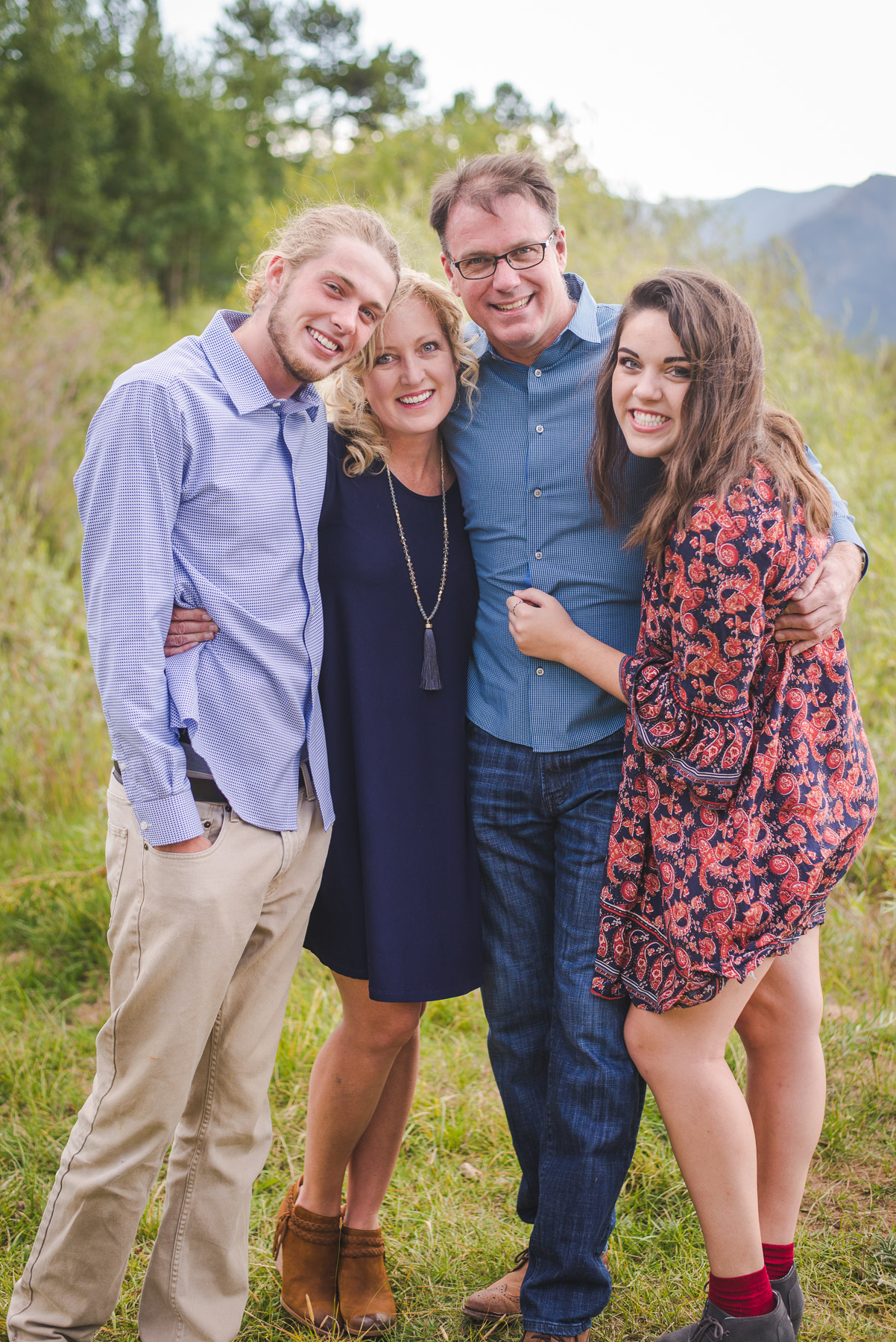 Summer at the Lake: Frisco Family Portraits by Keeping Composure Photography