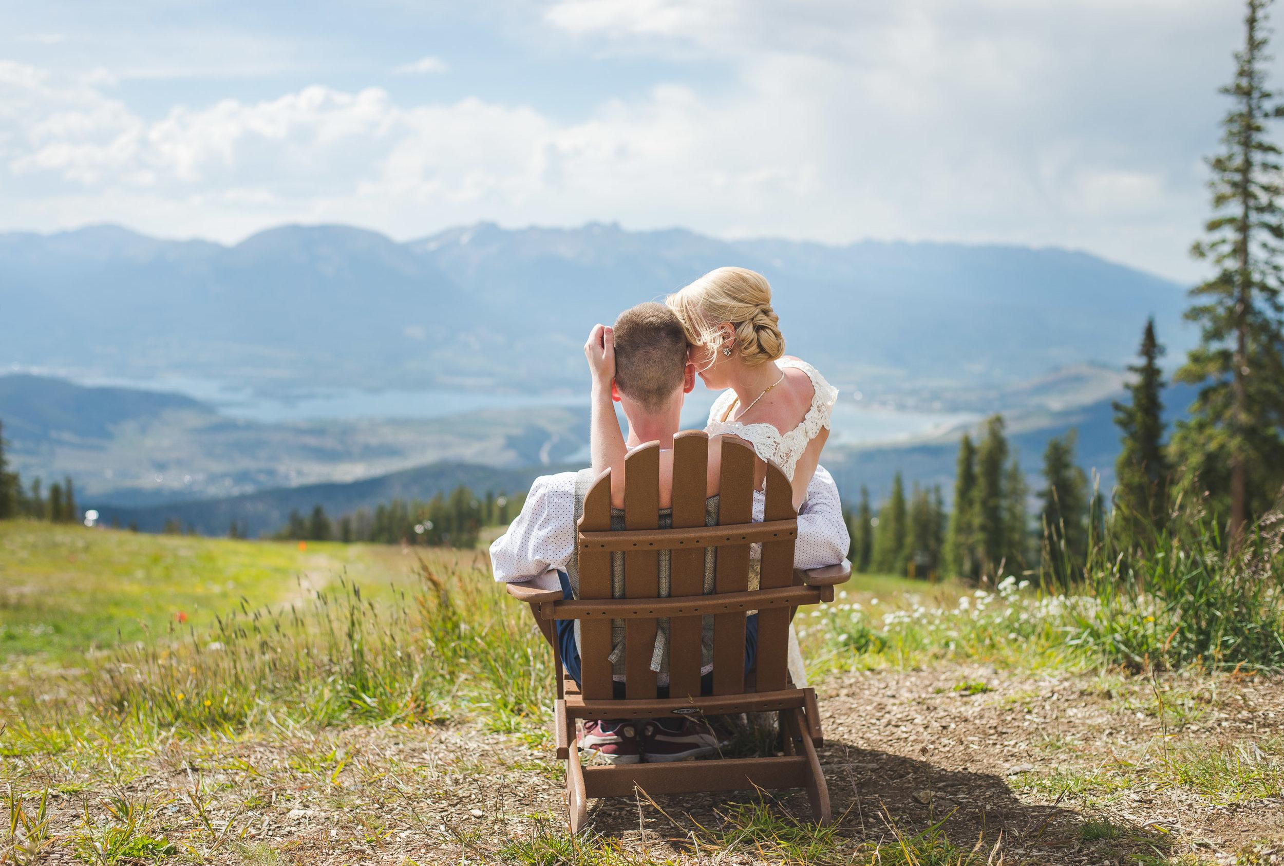 keystone bride and groom | summer wedding on schoolmarm in keystone, colorado | keeping composure photography