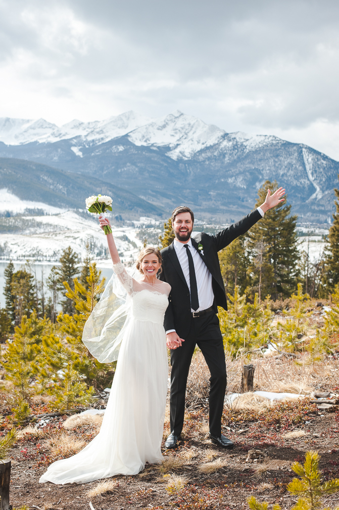 Bride and groom celebrate at Sapphire Point after their quiet winter wedding in Breckenridge, Colorado | Keeping Composure Photo