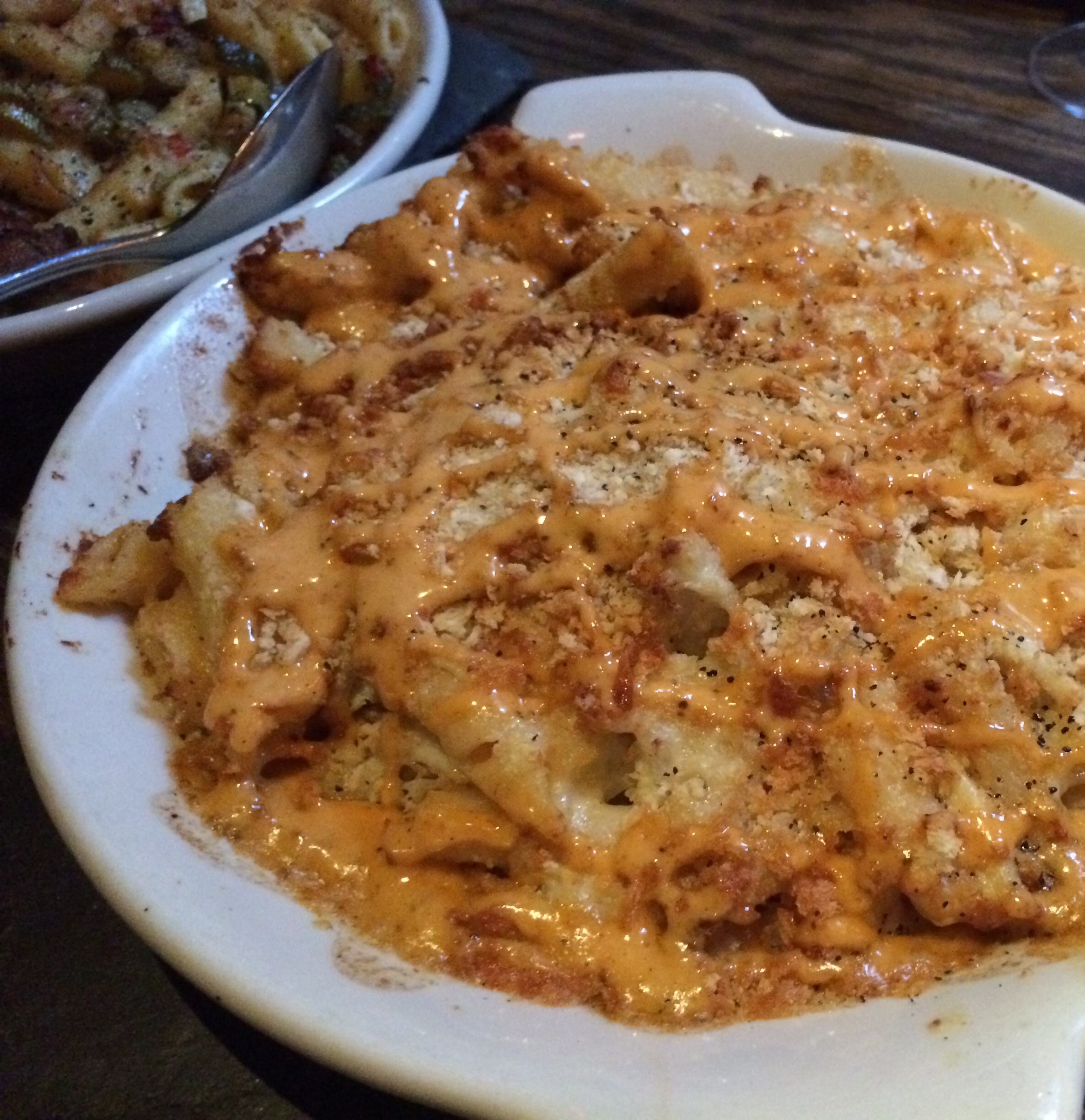 CRAB, REMOULADE MAC & CHEESE