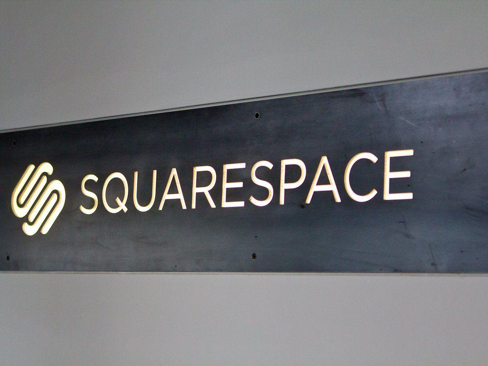minimalist-signage-with-no-frills-but-plenty-of-style.jpg