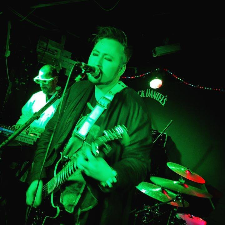 James AJ Scott on stage at The Horn in St. Albans, supporting Reeves Gabrels and Lisa Ronson on the 2015 UK tour. Photograph by Rebel Crow Photography