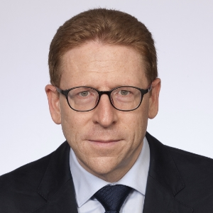 Dr. Peter Blum