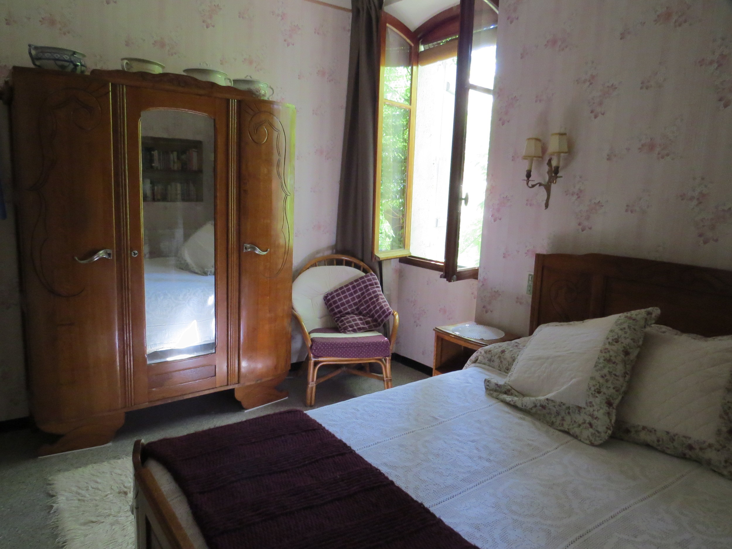 Bedroom 2 HB.jpg
