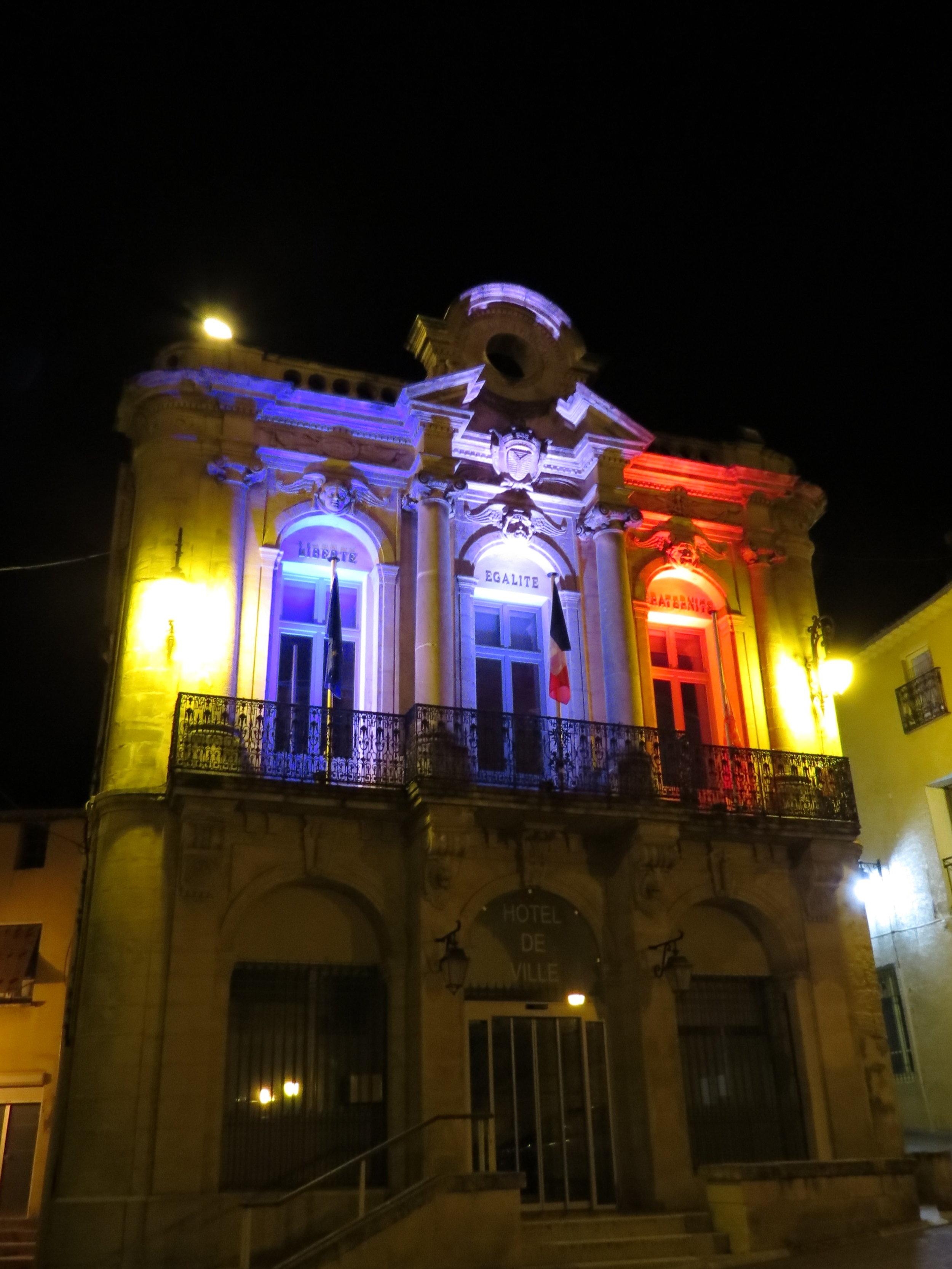 Mairie at night HB.jpg