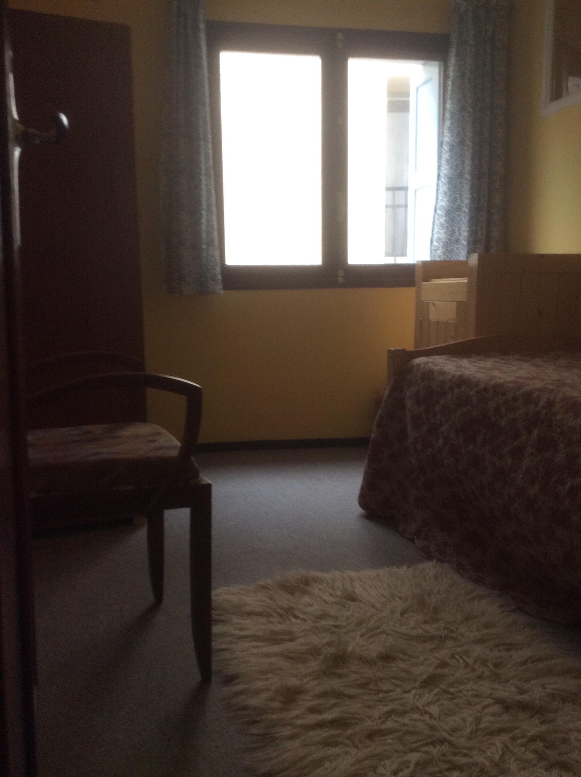 4th bedroom2.jpg