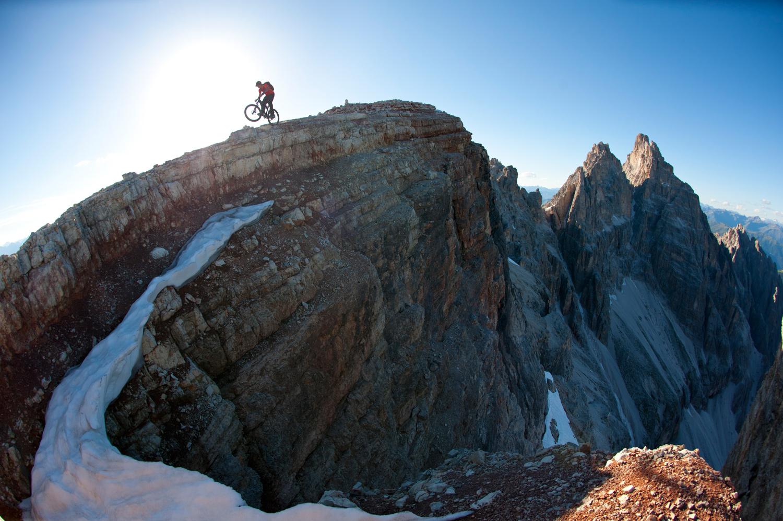 Abfahrt von der Schusterplatte 2.957m in den Dolomiten ©  Manfred Stromberg