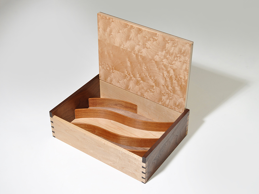 Box Tongmee2.jpg