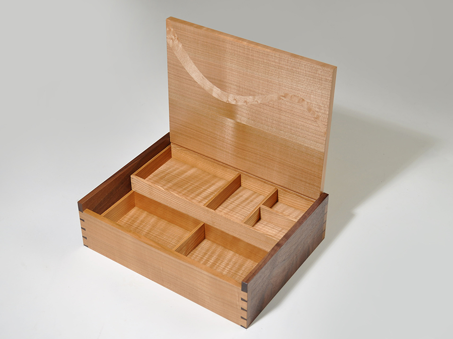 Box Nolan2.jpg