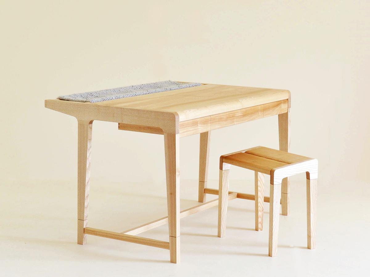 Maria Del Mar Gomez's Ash desk with Alpaca Pouch.