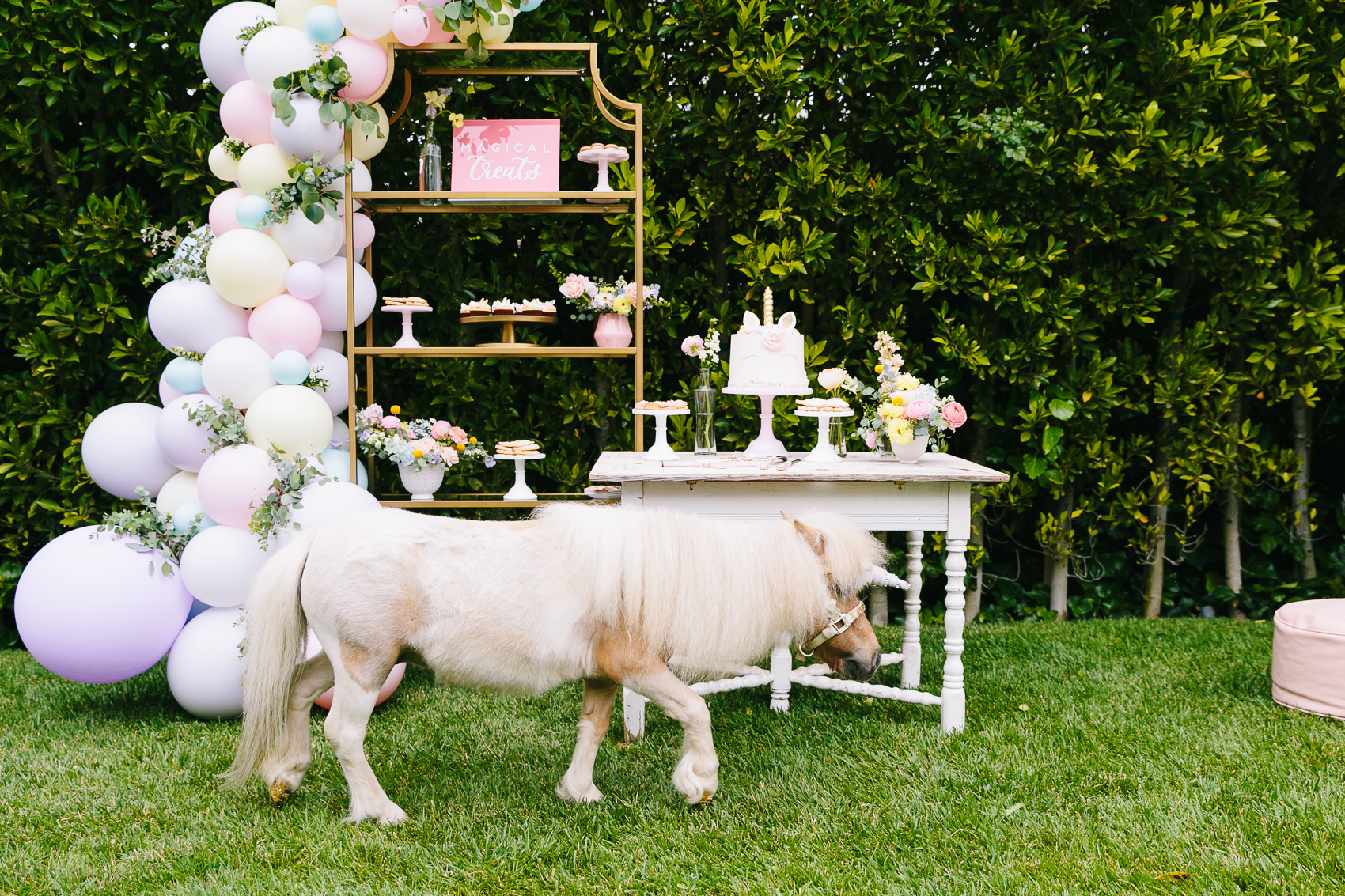 Los_Angeles_Family_Photographer_Luxury_Childrens_Party_Beverly_Hills_Unicorn_Birthday_Party-0578.jpg
