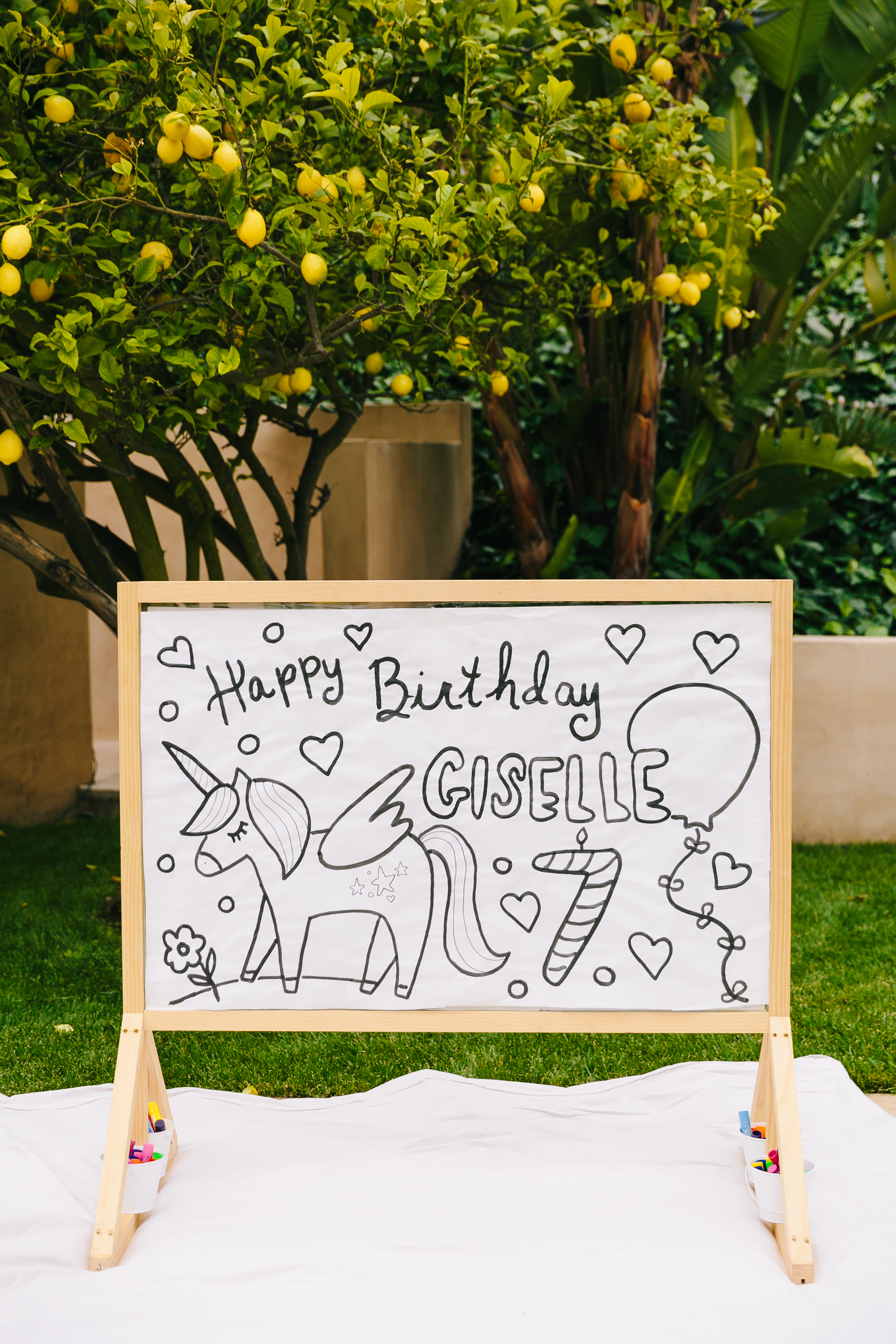 Los_Angeles_Family_Photographer_Luxury_Childrens_Party_Beverly_Hills_Unicorn_Birthday_Party-0682.jpg