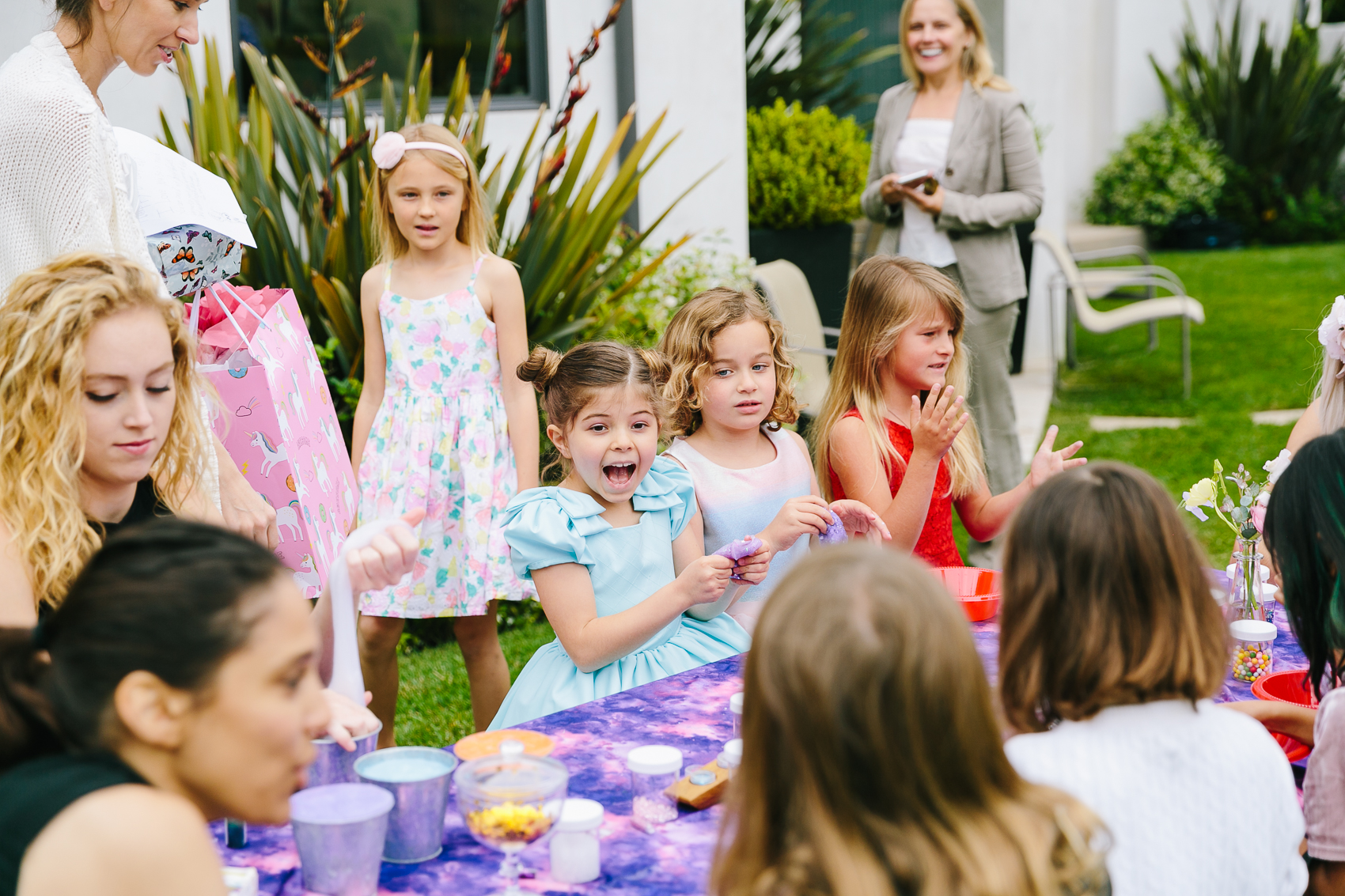 Los_Angeles_Family_Photographer_Luxury_Childrens_Party_Beverly_Hills_Unicorn_Birthday_Party-0766.jpg