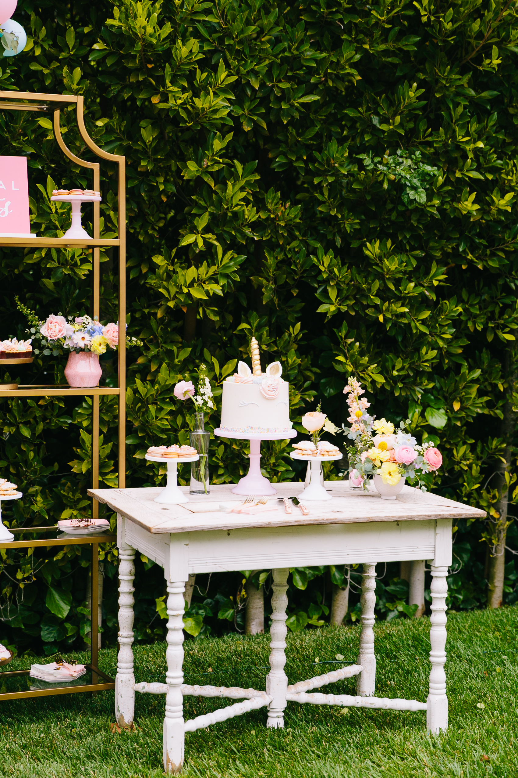 Los_Angeles_Family_Photographer_Luxury_Childrens_Party_Beverly_Hills_Unicorn_Birthday_Party-0967.jpg