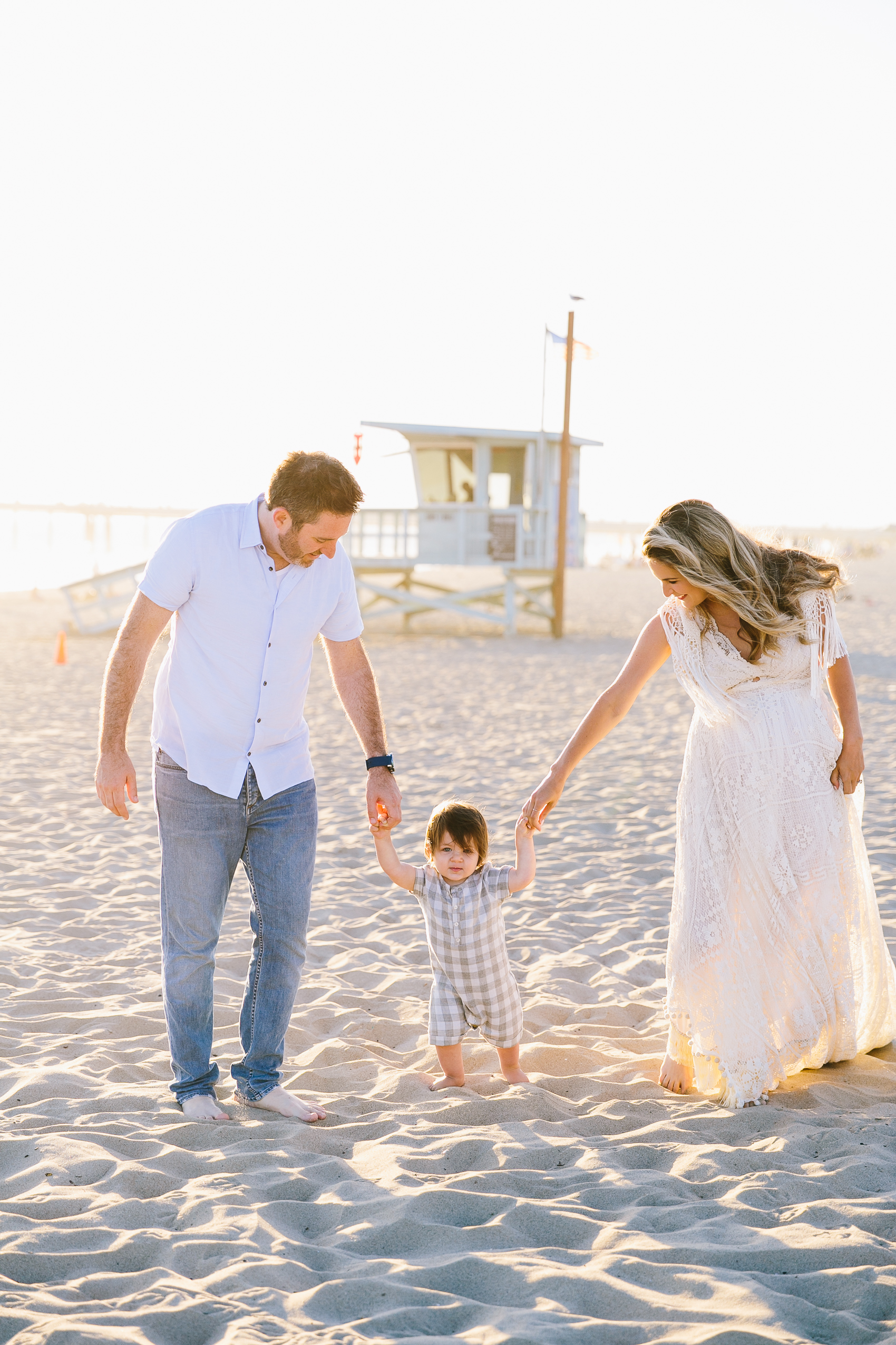 Los_Angeles_Family_Photographer_Maternity_Photos_Baby_Pregnancy_Venice_Beach_Golden_Hour-0500.jpg