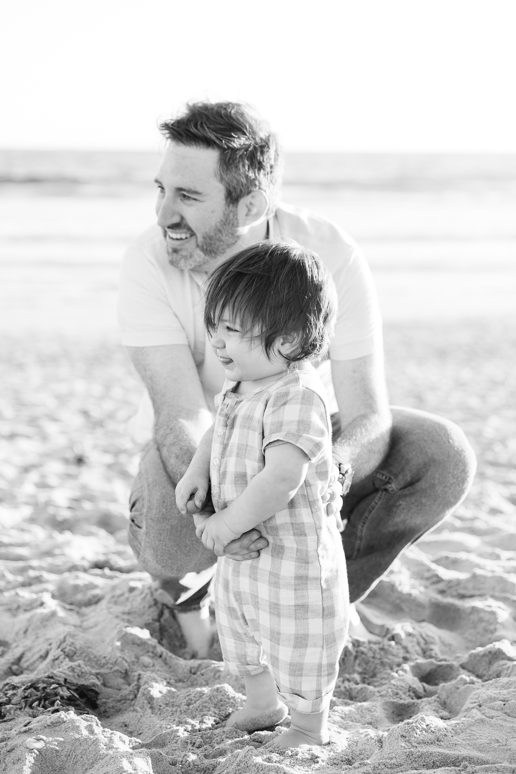Los_Angeles_Family_Photographer_Maternity_Photos_Baby_Pregnancy_Venice_Beach_Golden_Hour-0862.jpg